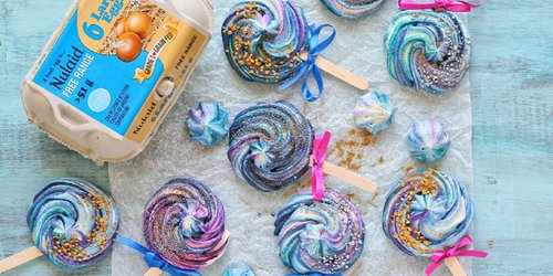 Recipe: Galaxy Swirl Meringue Pops