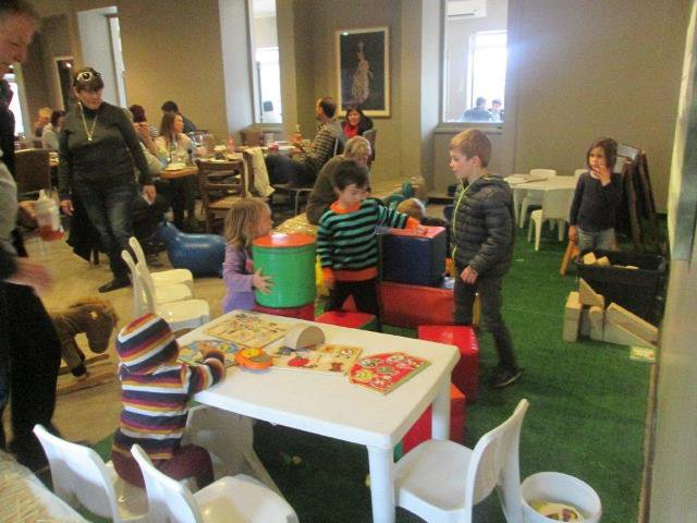 Eat at Simonsvlei Paarl | Child-friendly Restaurant + Party Venue  | Things to do With Kids