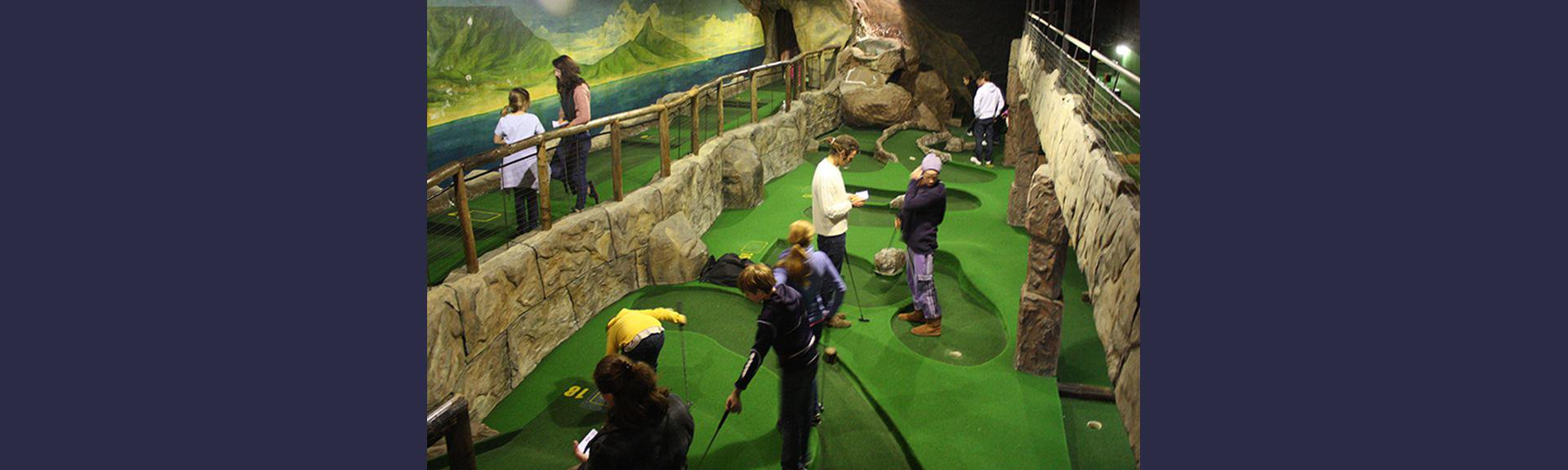 V&A Waterfront Cave Golf | Cape Town | Kids activity