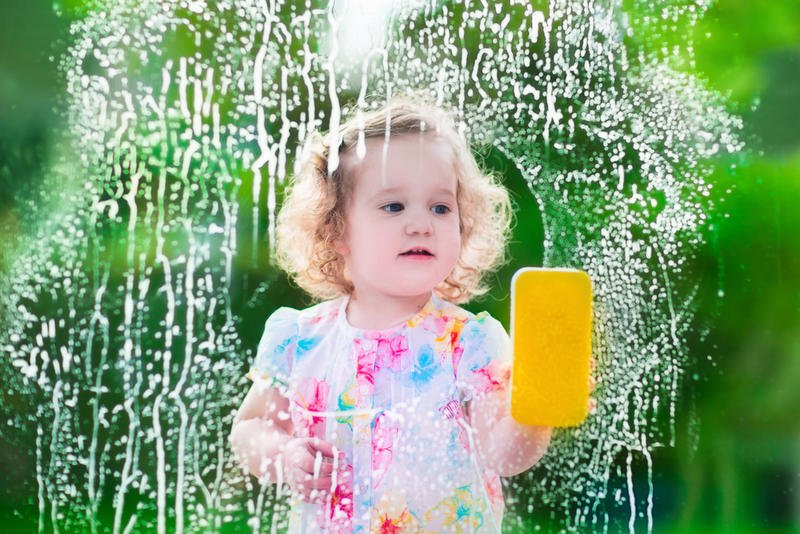 Age appropriate chores for toddlers and kids