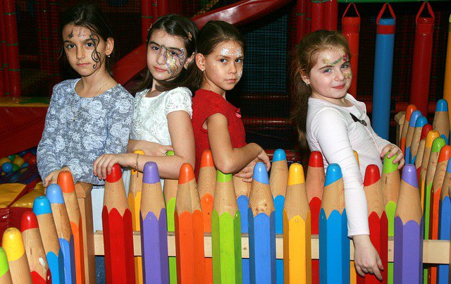 Kids indoor party entertainment ideas