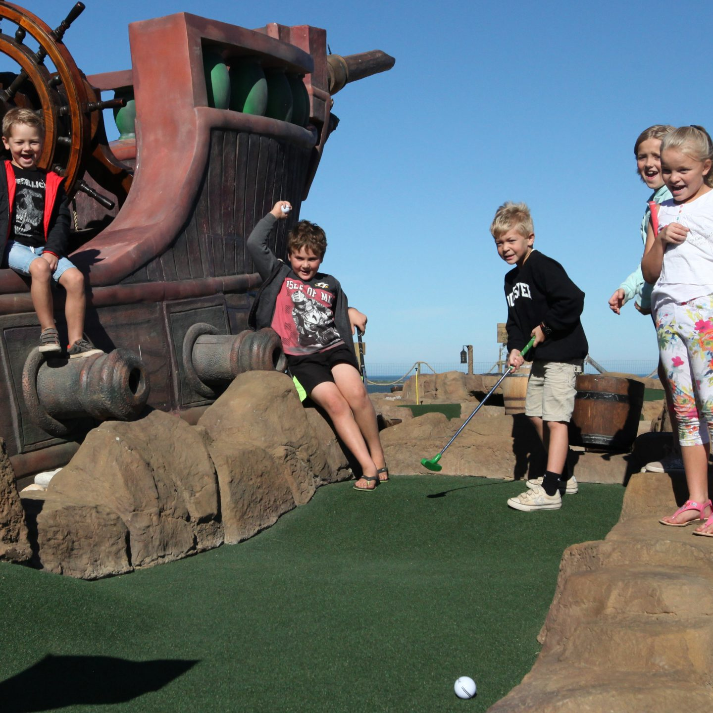 Win a Family Day at Pirate Adventure Golf and Splash Pad @BenguelaCove